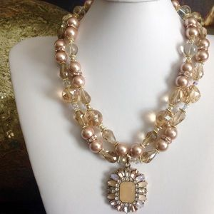 Blush Crystals Pearls Necklace
